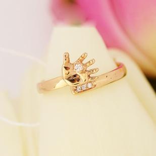 Золотое кольцо ручка малыша с фианитами фото
