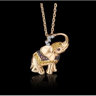 Золотая подвеска слоник фото