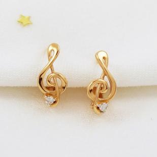 Золотые серьги Скрипичный ключ фото