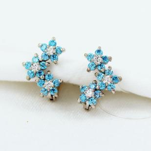 Серебряные серьги Голубые цветочки фото