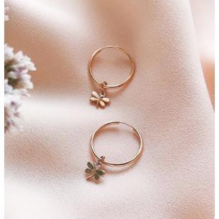 Золотые серьги кольца с подвеской стрекоза фото