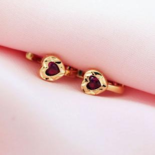 Золотые серьги для девочки Сердце фото