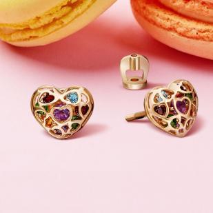 Золотые пусеты Сердца с цветными камнями фото
