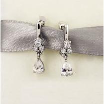 Нарядные серебряные серьги